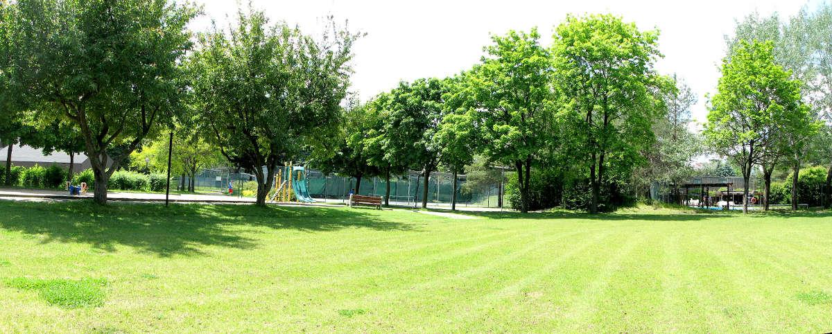 Rembrandt Tennis Courts