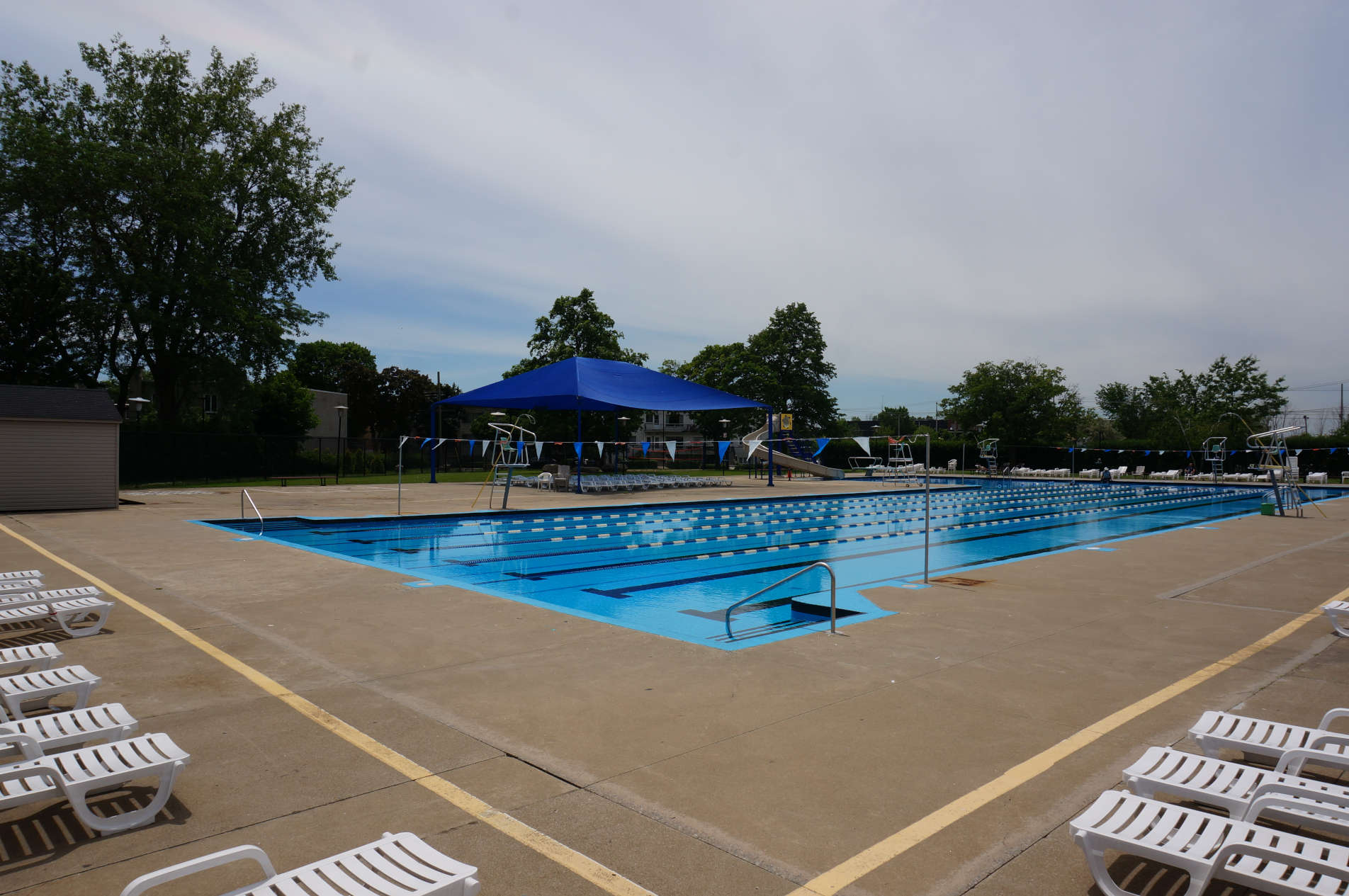Parkhaven Outdoor Pool and Wading Pool